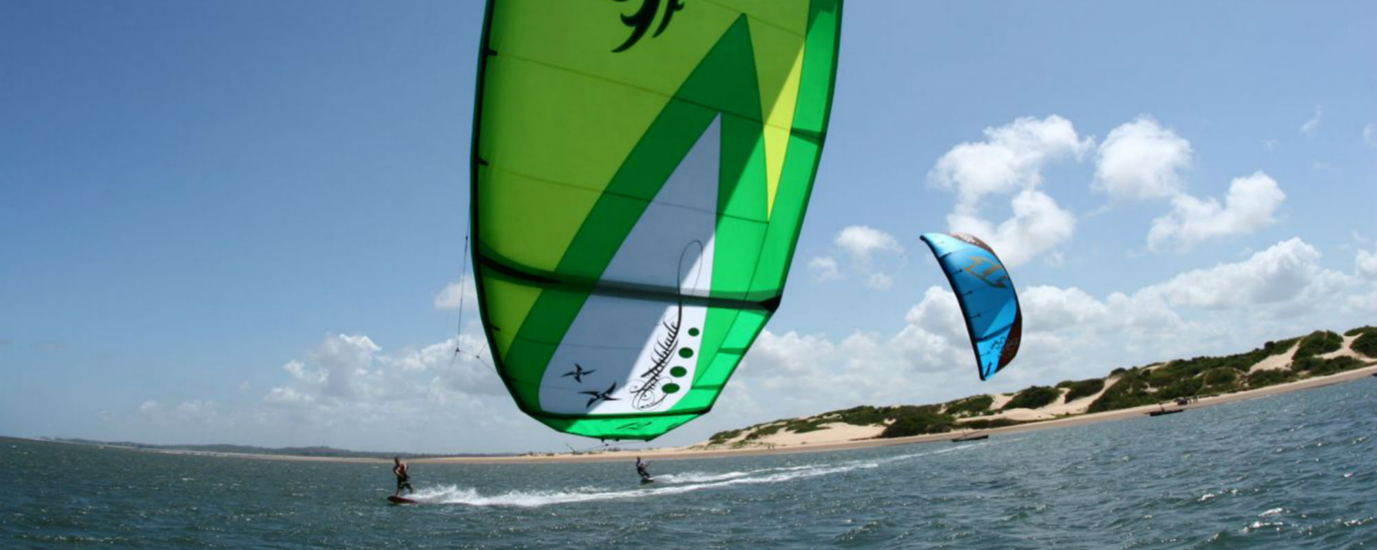 Che Shale Kiting Two Low Kites Flat Water Banner